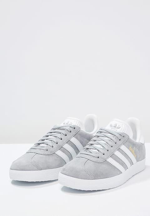 adidas Originals GAZELLE - Sneaker low - mid grey/white/gold ...