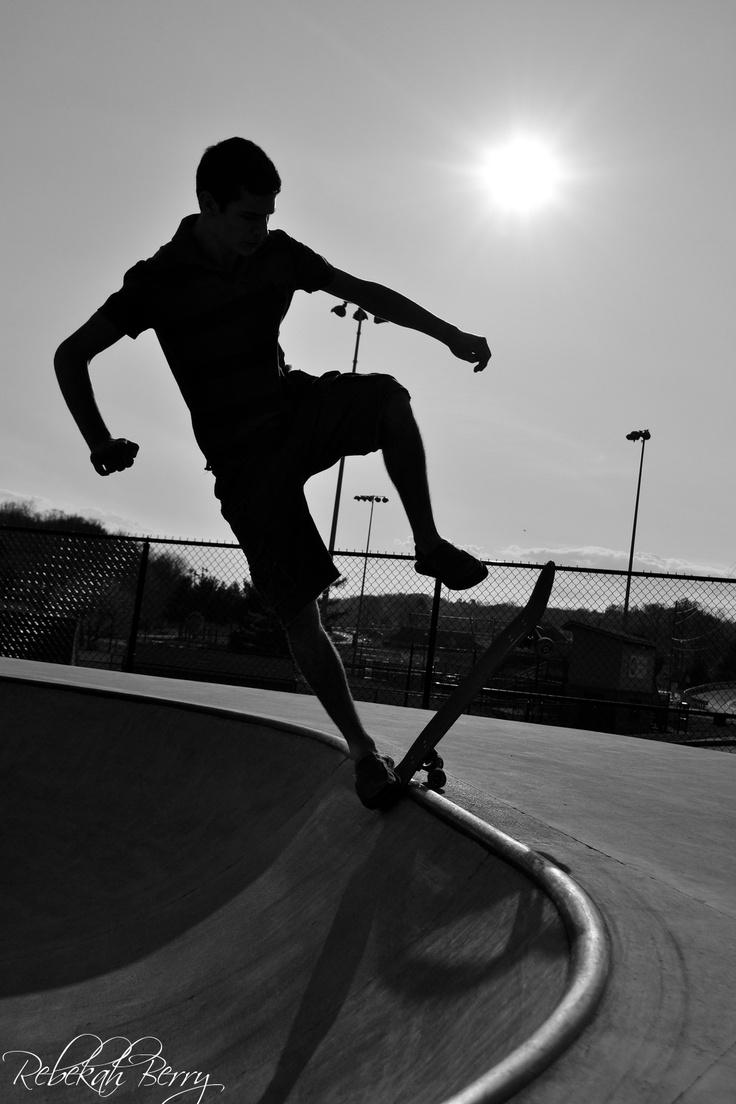 Senior Pictures- Skateboarding