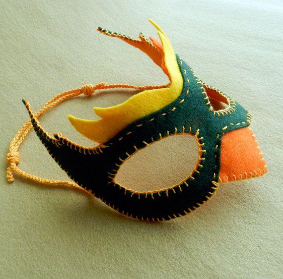 Felt Bird Mask Patterns  pdf  for Halloween by handworkstudio