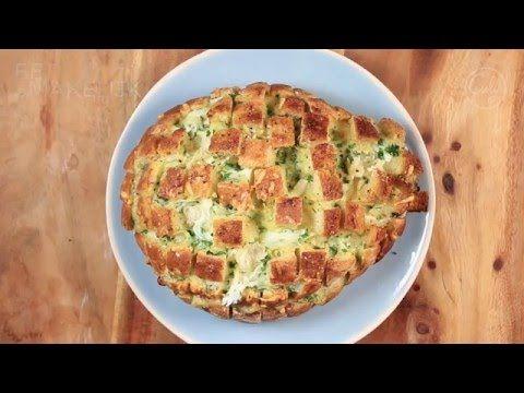 Culy Homemade: het ultieme borrelbrood gevuld met kaas en kruiden - Culy.nl