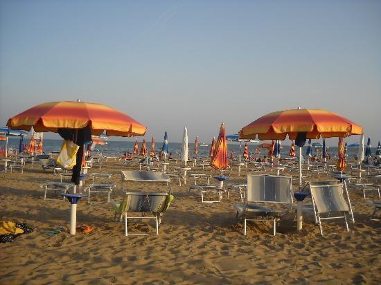 Vacanze  a Riccione comunque ... sole spiaggia divertimento benessere ed enogastronomia