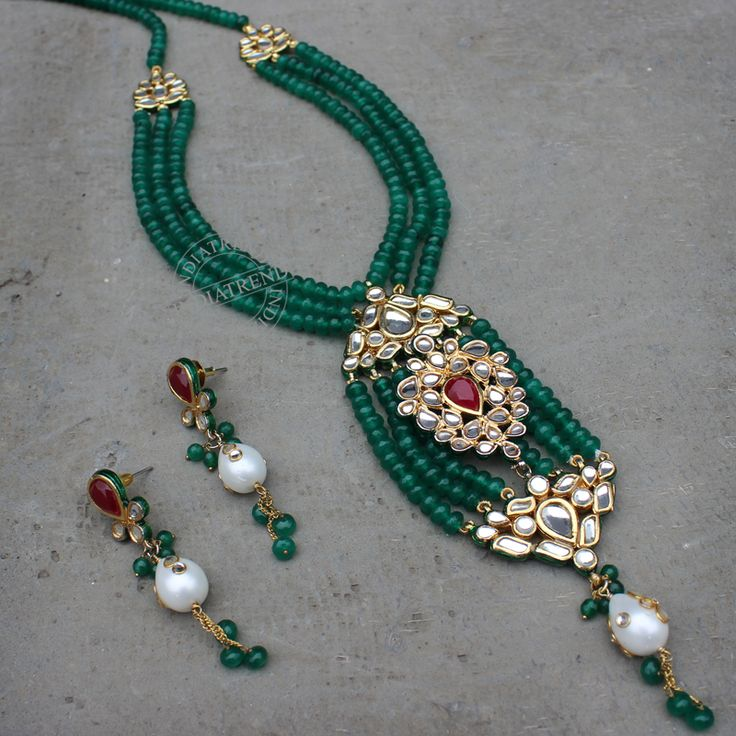 Sanjana Necklace + Earrings by Indiatrend. Shop Now at WWW.INDIATRENDSHOP.COM