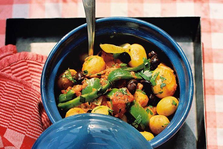 Aardappelen op z'n Frans: met kruiden en gestoofd in tomaat - Recept - Allerhande