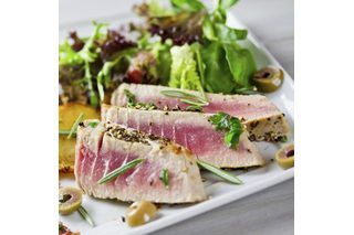 How to Cook Tuna Steaks in the Oven (with Pictures) | eHow
