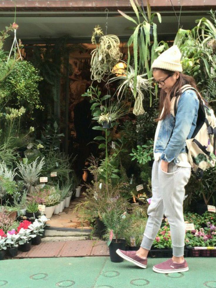 Abelのパンツを使った原田沙奈子さんのコーディネートです。│Gジャン:ハリウッドランチマーケット...