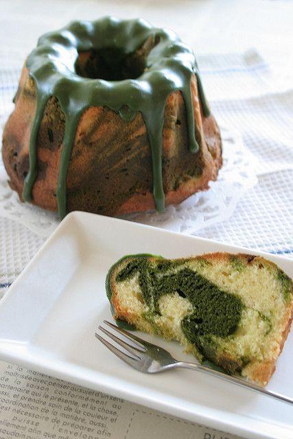 Matcha (grüner Tee) Marmorgugelhupf