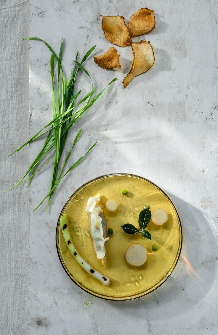 photos for restaurant Platter - preparing dishes Karol Okrasa - styling Małgorzata Białobrzycka - photo dinnershow studio