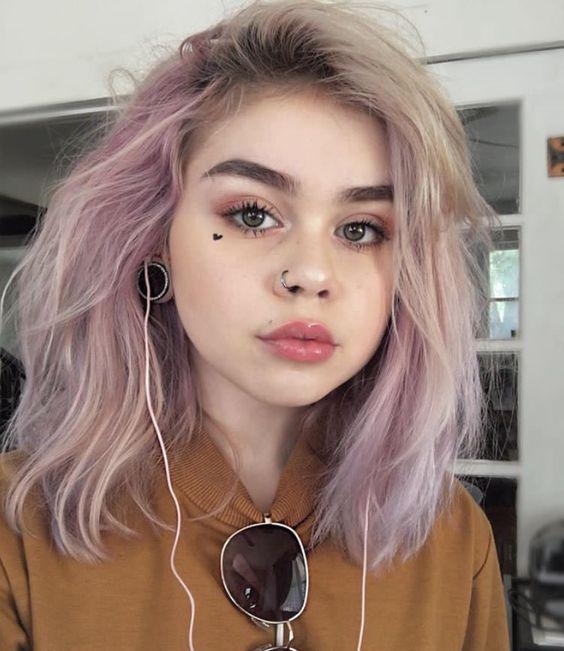 Rosa Pastelle Haare