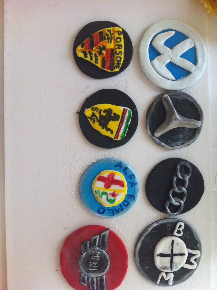 Experimenting with edible badges