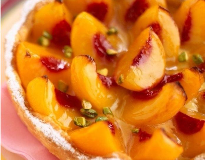Творожно-персиковый торт: Легкий и безумно вкусный десерт - МирТесен
