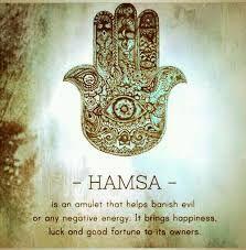 Es un amuleto que ayuda a desterrar el mal o cualquier energía negativa. Trae felicidad y buena fortuna a sus propietarios