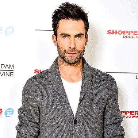 Adam Levine wiki, affair, married, Gay with age, height, singer, Maroon 5,