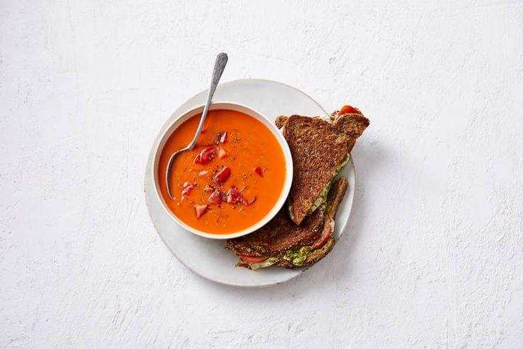 Tomaat, mozzarella, basilicum: gouden combinatie! - Recept - Allerhande