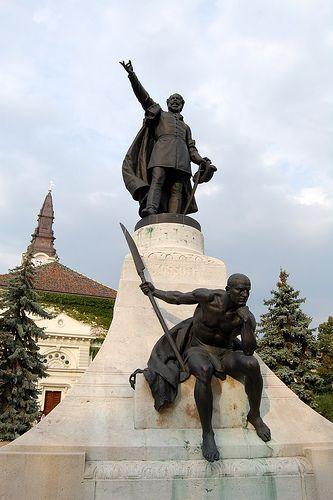 Kossuth's monument - Kecskemét, Hungary Kossuth szobor - Kecskemét főtér