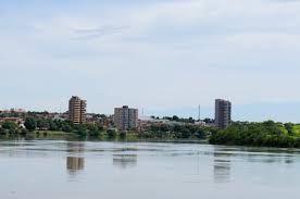 Resultado de imagem para avenida beira rio itumbiara