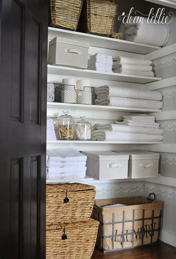 Love This Look Must Have Some Sort Of Label On Baskets Home Ideas Diy Pinterest Linen Closet Organization And
