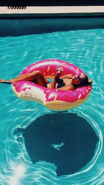 Pool floating