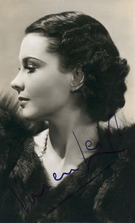 Vivien Leigh- with her autograph.... more of her in my Vivien Leigh album.