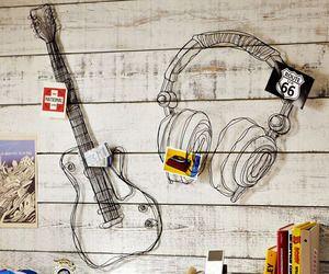 Wire-music-decor: Wall Art, Music Decor, Wall Decor, Wire Sculpture, Boys Rooms, Music Theme, Wire Music, Wire Art, Music Rooms
