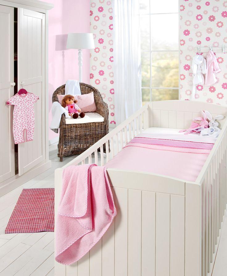 Baby ledikant Charlotte: een betaalbaar bedje van uitstekende kwaliteit #tips #babykamer