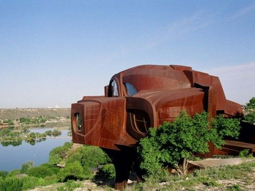 Sculptural House Design Out Of This Planet   Shelterness