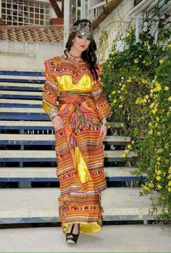 Robe d interieur kabyle 28 images robe kabyle moderne for Carrelage monocouche tizi ouzou