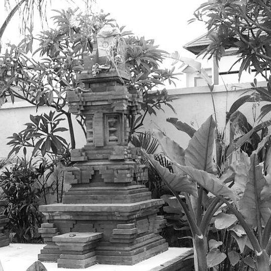 Villa temple and water garden. Private villa BALI By Bali Landscape Company  http://ift.tt/1QzTwns  #temple #carving #pond #waterfeature #frangipani  #balilandscapecompany  #bali #balilandscaper  #landscape #landscapeconstruction #landscapecontractor #gardendesignmag #gardenideas #instagarden #indonesia #landscape_review #landscapearchitecture #landscapearchitect #garden #gardenideas #gardeninspiration #gardenlove #instagarden #planting #taman #landscapedesigner