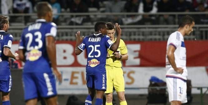 Foot - L1 - SCB - Le communiqué choc de Bastia contre l'arbitrage