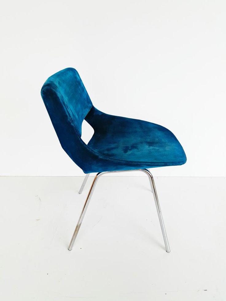 Italian Blue Velvet Chair, 1960s 3
