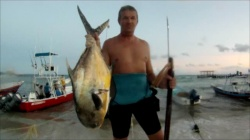 Ok so you are thinking of going spearfishing in Mexico then you need to see this.  I have been spearfishing in Cancun and Playa de Carmen and have...