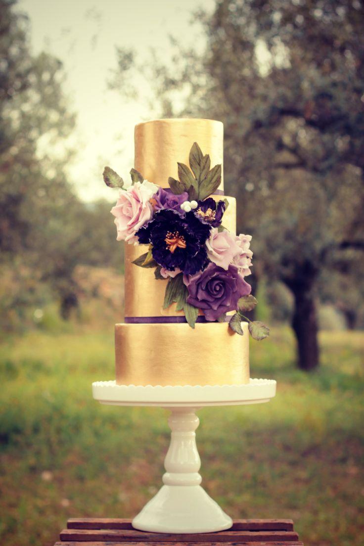 Provence Wedding Cake  #cake #weddingcake #ledouxcollage #fondant #vintagewedding #sugarflower #sugarcraft  Contact Us ledouxcollage@gmail.com www.facebook.com/ledouxcollage