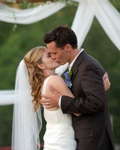 CUTEST. COUPLE. EVER!!!!! (Seamus & Juliana Dever, also Kevin & Jenny Ryan on Castle!!!)