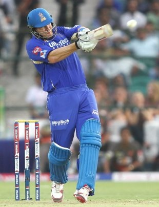 Shane Watsons unbeaten 98 powered Rajasthan Royals to an eight-wicket win against Sunrisers Hyderabad