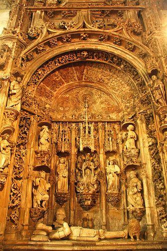 Túmulo de Dom Afonso Henriques, Fundador de Portugal - Igreja de Santa Cruz - Coimbra - Portugal