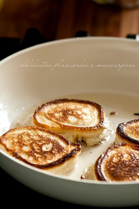 Delikatne cytrynowe placuszki z mascarpone