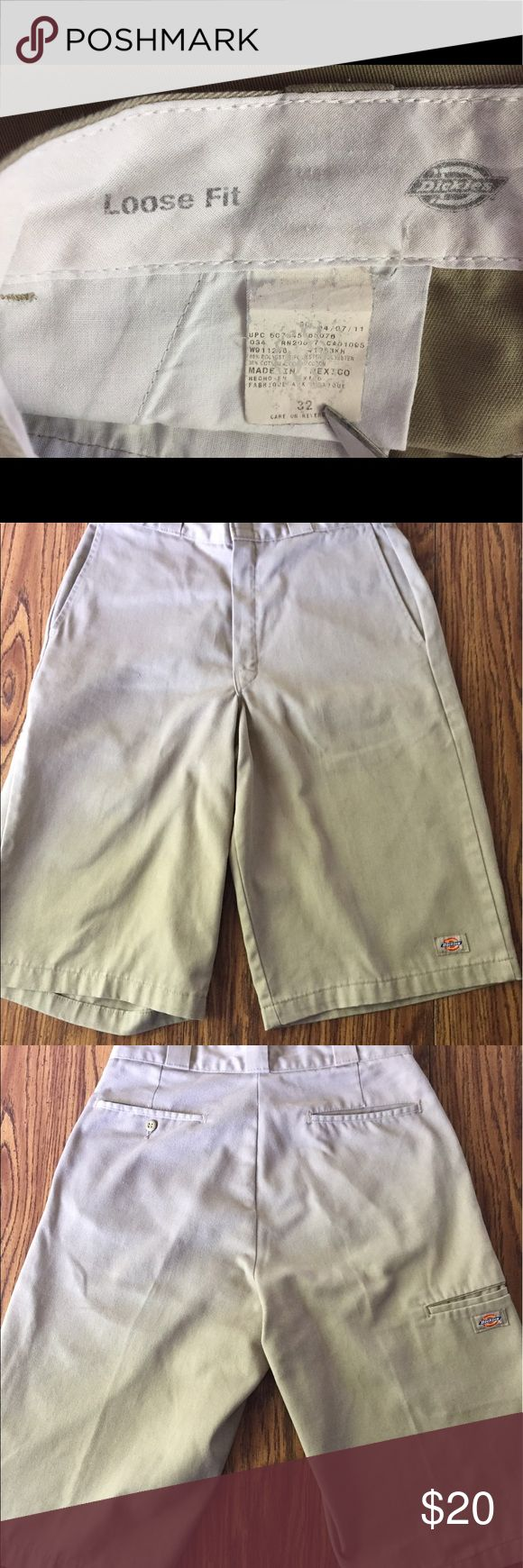 Dickies Men's Khaki Shorts Size 32 Loose Fit 65% polyester, 45% cotton; 1 small stain on outside of rear right pocket; gently worn; good used condition without tears Dickies Shorts Flat Front
