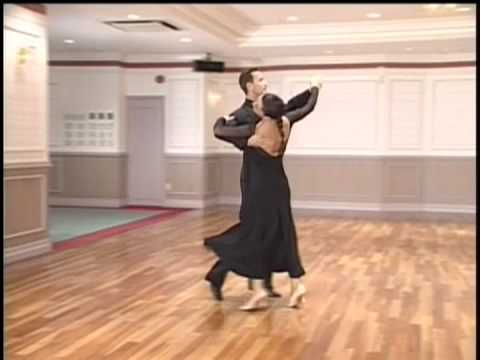 Basic foxtrot demo timing by mirko alessia youtube for Youtube danse de salon