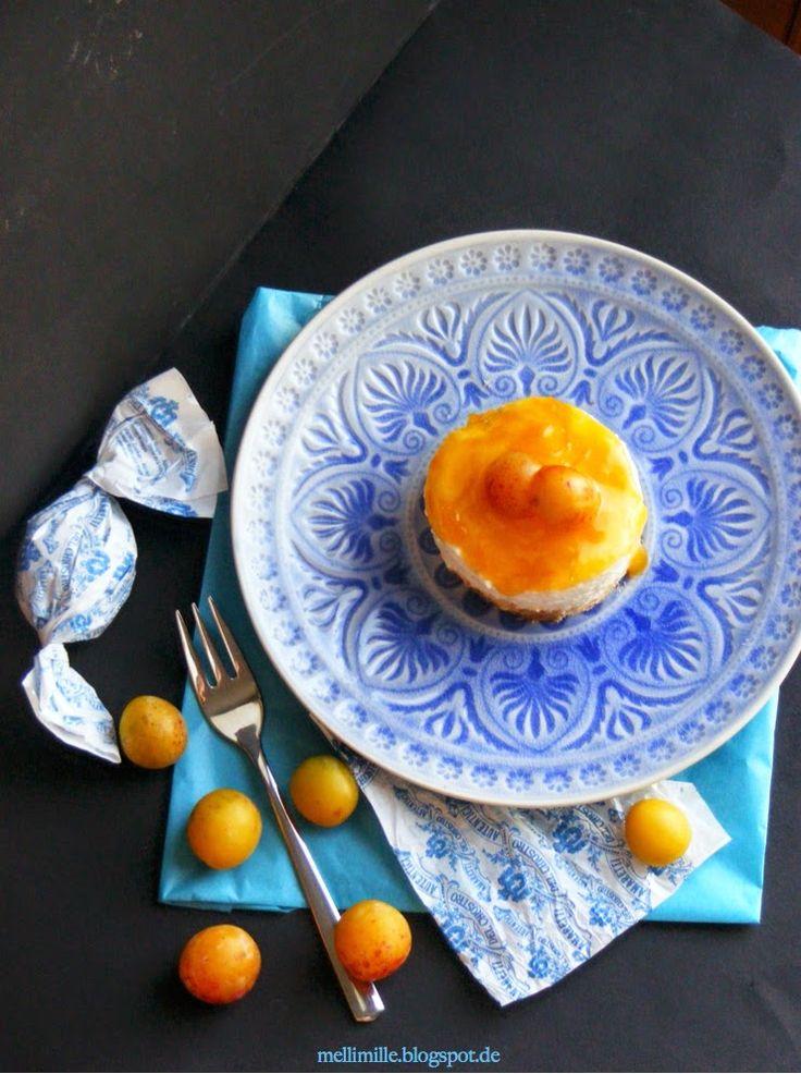 mellimille: Schnell, schnell... noch gibt es die süßen gelben Früchtchen..... Mirabellen-Cheesecake-Törtchen