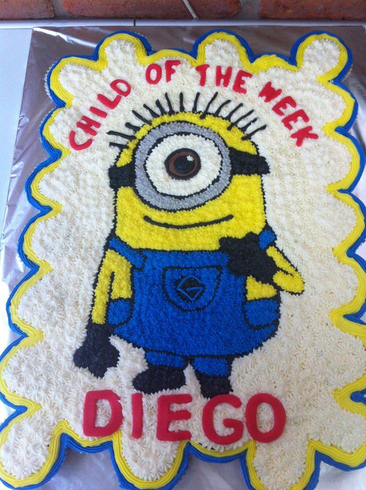 Minions pull apart cake