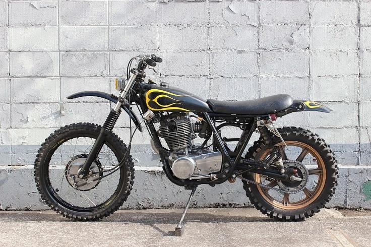 Yamaha Sr Bratstyle