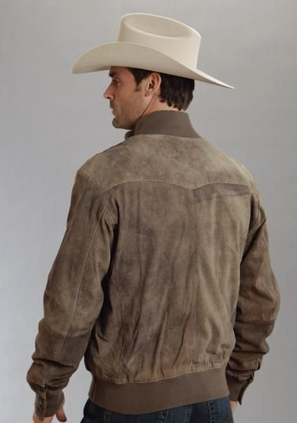 For high quality, traditional, western apparel with lasting style, look no further than Stetson. This classic western style mens leather jacket features a antiq