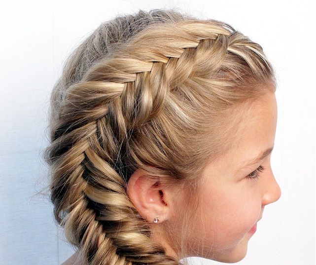 7 Easy Ways To Do Your Hair For Sports Hair Styles Girl Hairstyles Hot Hair Styles