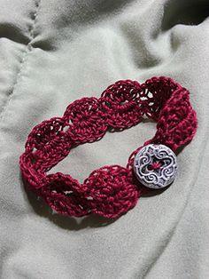 Easy crochet Bracelet... Free pattern!!