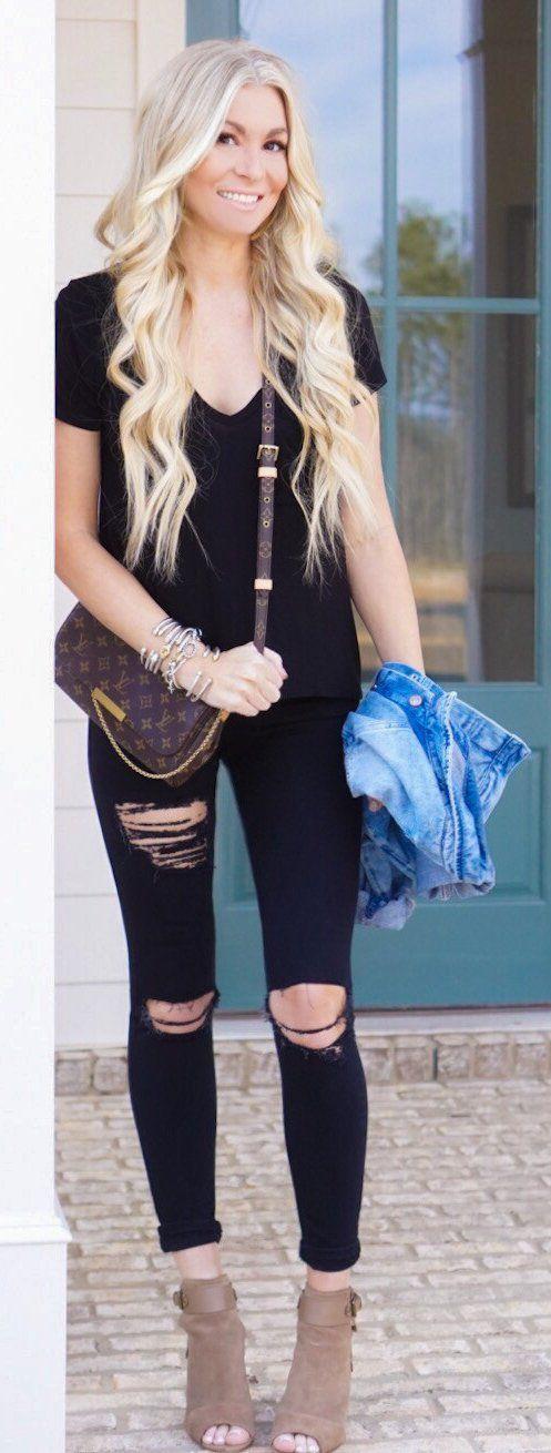Black Tee & Destroyed Skinny Jeans & Brown Open Toe Booties