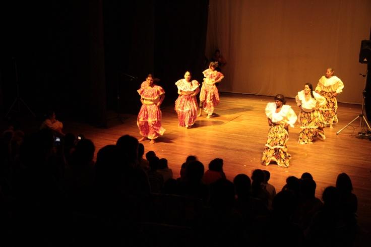El baile de las mujeres de Loboguerrero