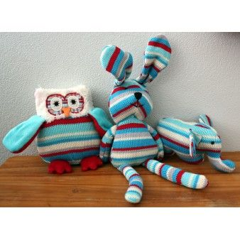 Blue Owl Knit Rattle