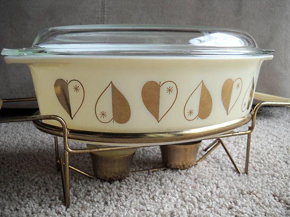 RARE Golden Hearts Pyrex Casserole Dish