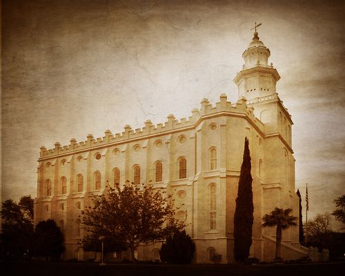 St. George Utah Temple, From South / http://livinglds.com/st-george-utah-temple-from-south/