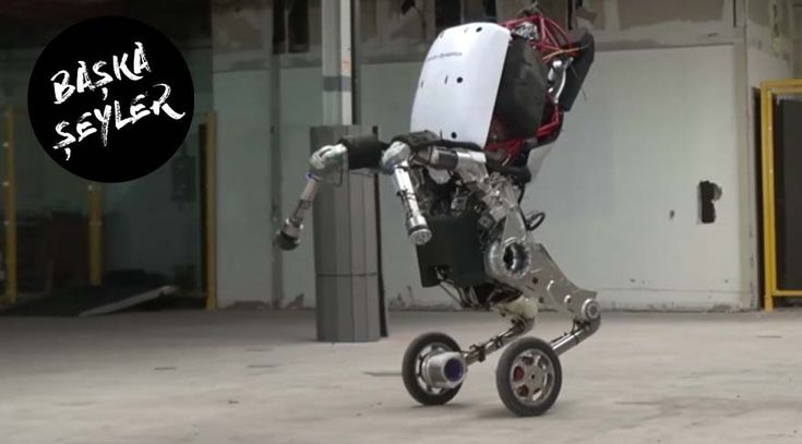 Robotlar dünyayı ele geçirir mi? Handle isterse belki! Boston Dynamics'in ürettiği Handle dünyayı ayağa kaldırdı. Peki Matrix'i yaşama ihtimalimiz var mı? Başka Şeyler'de bugün robotların dünyaya ele geçirme ihtimalini ele aldık.