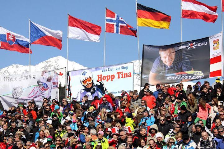 © Gerwig Löffelholz  / Ski WM 2013 in Schladming: Ticketverkauf - Erfreuliche Zwischenbilanz / www.Skiweltcup.TV Seit 19.03.2012 ist es möglich, Tickets für die FIS Alpine Ski WM 2013 in Schladming zu kaufen. In den ersten beiden Wochen nach Verkaufsstart wurden bereits 15.000 Tickets verkauft. Aufgrund der starken Nachfrage werden weitere Kontingente Ende April freigeschaltet.